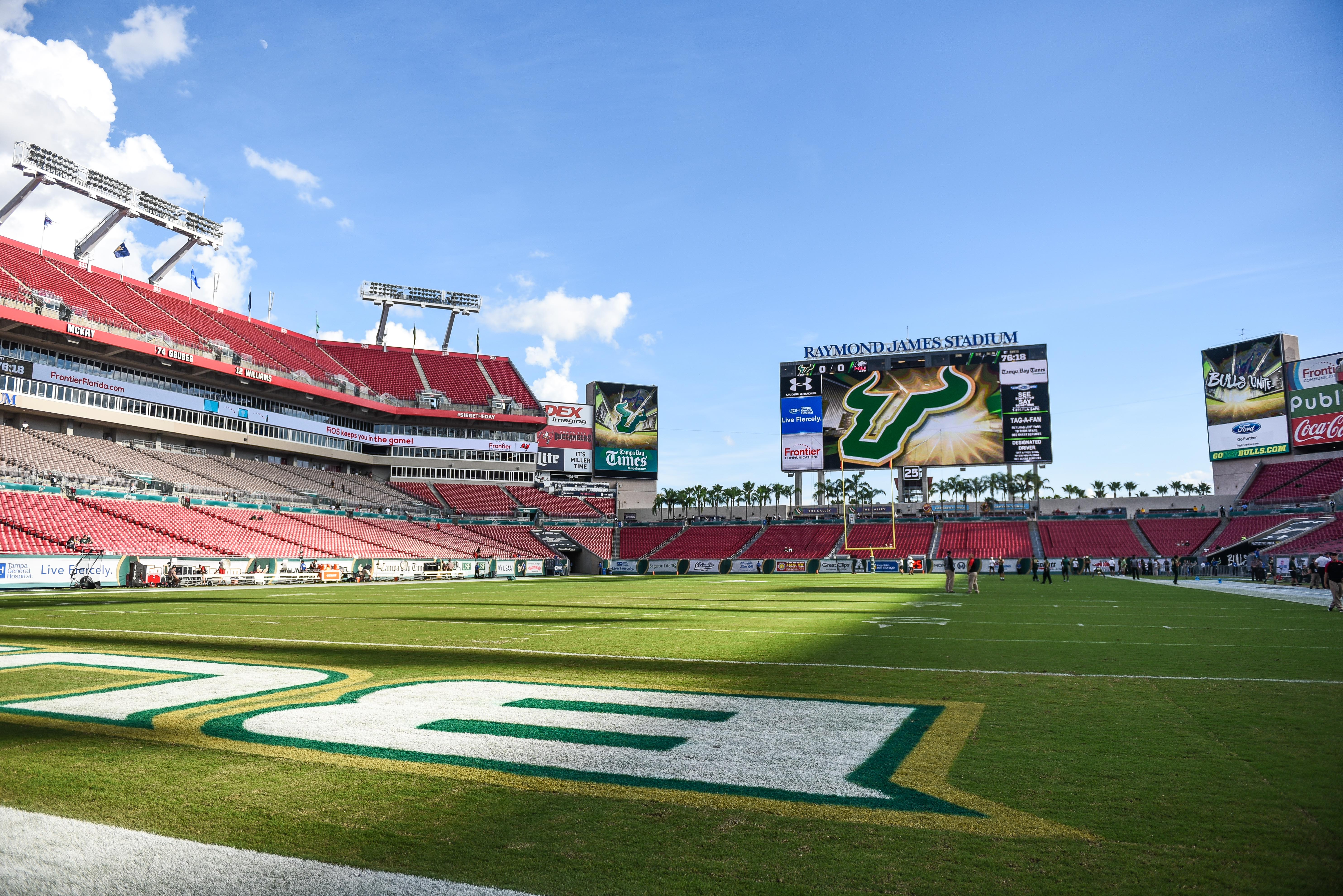 NIU vs. USF 2016 by Dennis Akers Raymond James Stadium USF Background Image 2016 by Dennis Akers | SoFloBulls.com